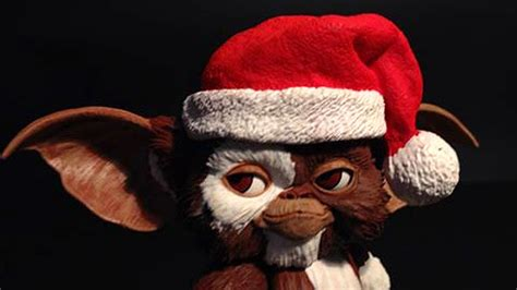 SANTA GIZMO Gremlins Action Figure Review - YouTube