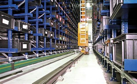 The automated miniload warehouse of Continental in Mexico
