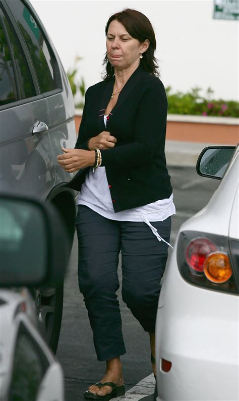 Robyn Moore Photos Photos - Robyn Moore Out In Malibu - Zimbio