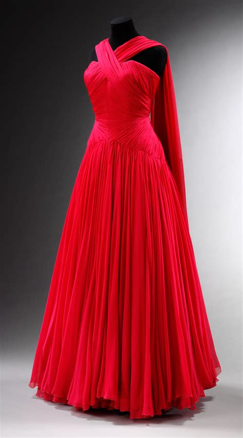 Inside the World of Couture - Victoria and Albert Museum