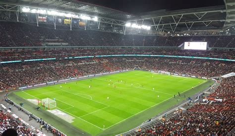 London Football Guide - All 22 Stadiums - The Stadium Guide