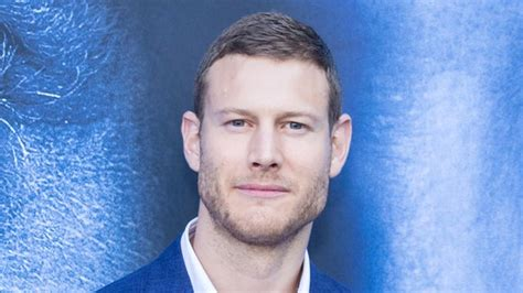 Tom Hopper: 14 facts about The Umbrella Academy star you