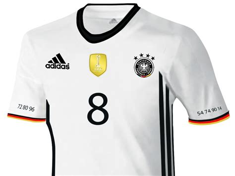 Neue adidas DFB-Trikots made in Germany