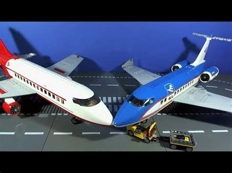 LEGO City Airplanes - YouTube
