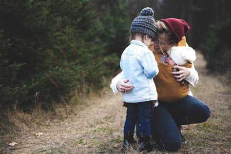 What to Say to a Struggling Mom | POPSUGAR Moms