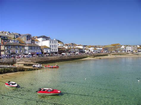 """""""St Ives, Cornwall"""" by Ian Gedge at PicturesofEngland"""