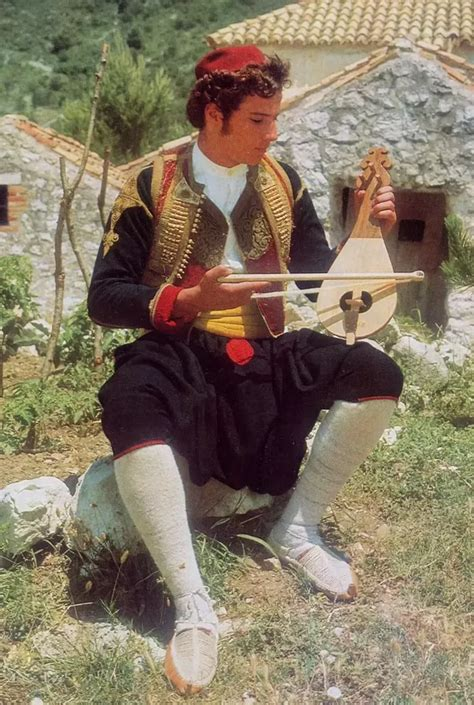 Do Croats have Illyrian origins like Albanians have