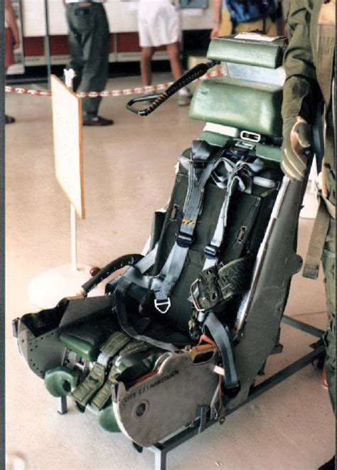 SAAB 37 Viggen Ejection Seat (2): The Ejection Site